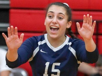 Lauren Kaplan #15 of Smithtown West celebrates a