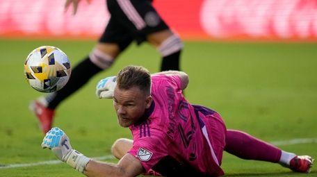 Inter Miami goalkeeper Nick Marsman deflects a shot