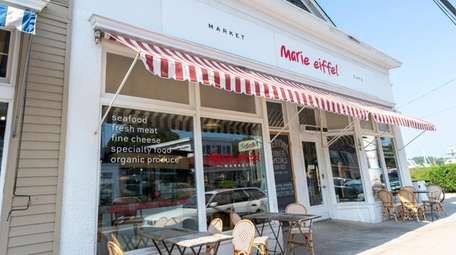 One of the shops on Shelter Island on
