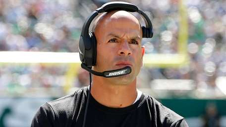 Jets head coach Robert Saleh looks on against