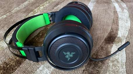 The Razer Nari Ultimate for Xbox One's earpads