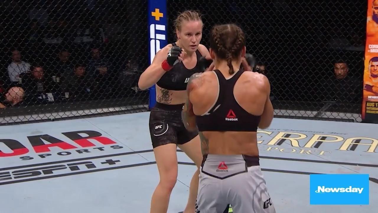 Flyweight champion Valentina Shevchenko will fight Lauren Murphy