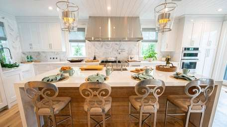 For the showhouse kitchen, designer Gary Ciuffo installed
