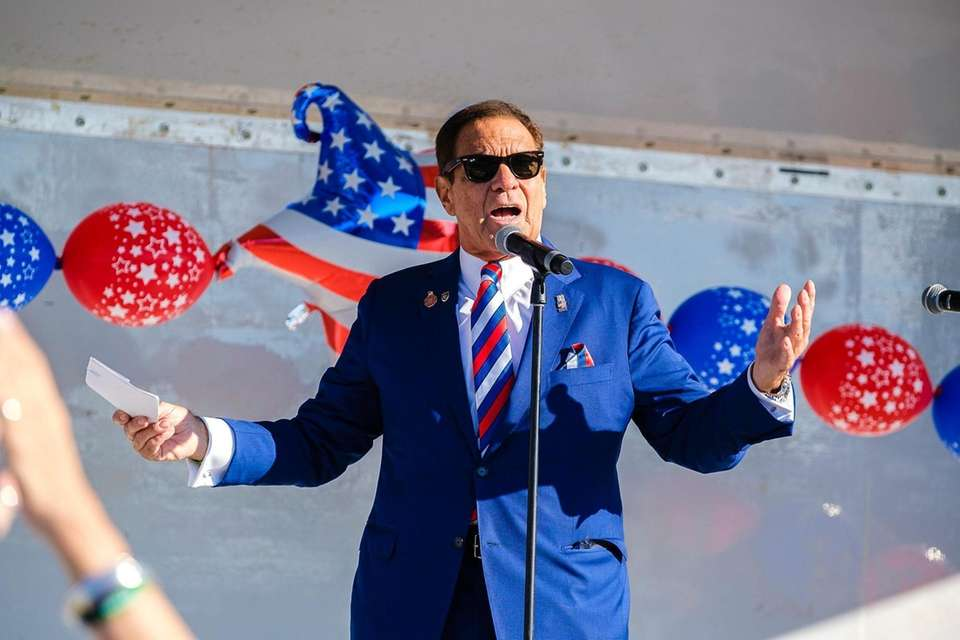 Joe Piscopo emcees the opening ceremony for the