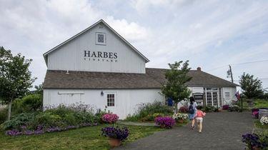 Harbes wine tasting barn in Mattituck.