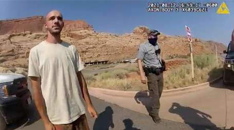 Brian Laundrie talks to a Moab, Utah, officer