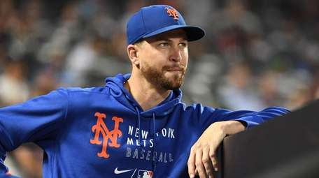 Manager Luis Rojas said Jacob deGrom should be