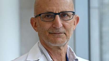 Dr Bruce Farber, Head of Infectious Diseases at