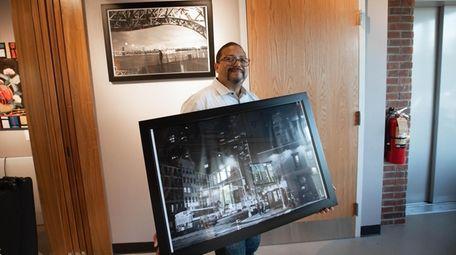 """Ren Zelaya says his pieces, """"Night-Street 2021"""