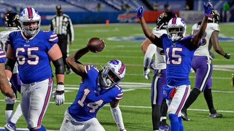 Buffalo Bills wide receiver Stefon Diggs (14) celebrates