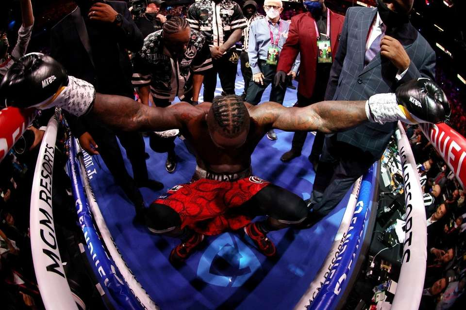 Deontay Wilder in his corner before his WBC