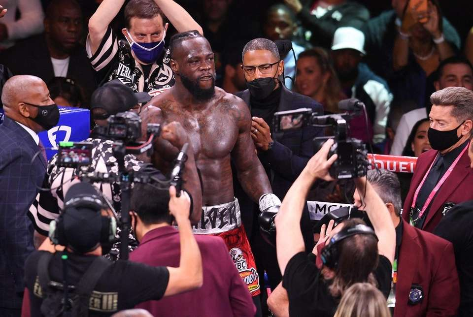 US challenger Deontay Wilder arrives to fight WBC