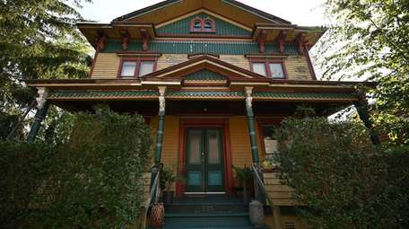 Victorian homes in Sea Cliff feature a dazzling