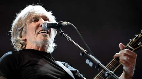 Roger Waters is set to bing his
