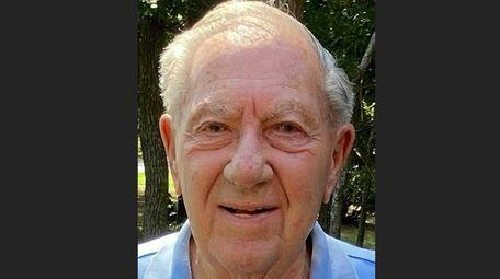 """John """"Jack"""" Braslow, a World War II veteran"""