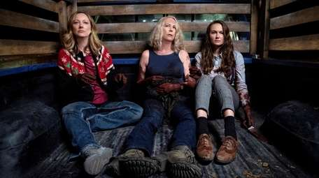 (from left) Karen (Judy Greer), Laurie Strode (Jamie