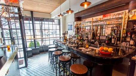 Gabriel Stulman's Montmartre serves classic dishes with a