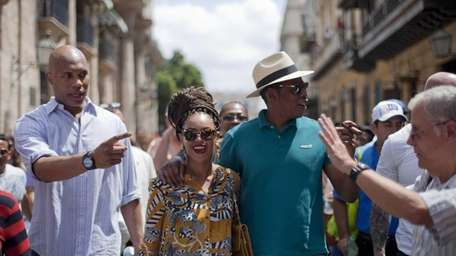 Beyonce and Jay-Z tour Old Havana as a