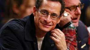 Anthony Weiner attends a Brooklyn Nets game.