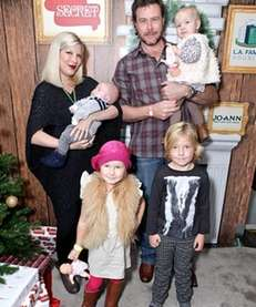 Tori Spelling pictured with her husband Dean McDermott