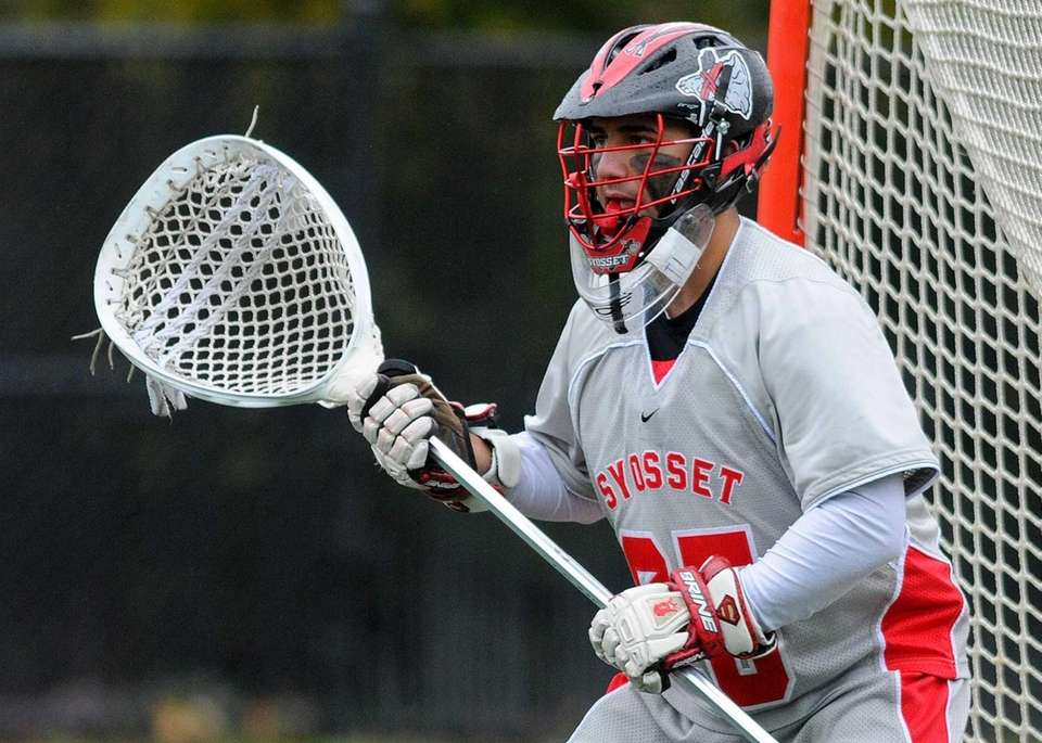 Syosset goalie Ryan Feit squares to a shooter