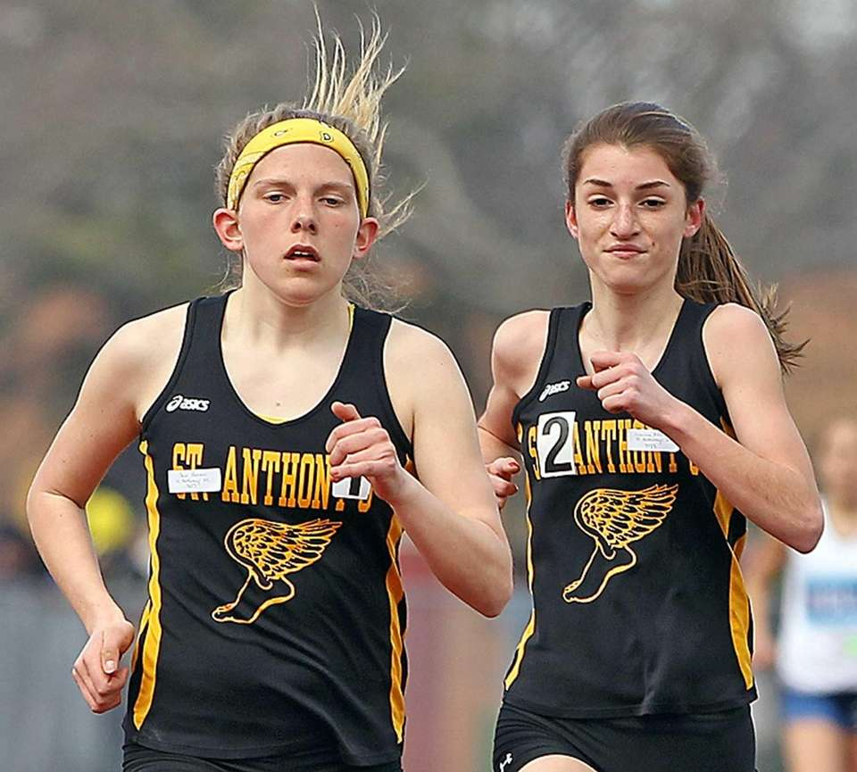 St. Anthony's Shea Bohan, left, takes first in