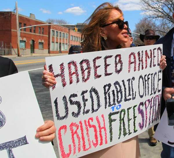 Pamela Geller holds a demonstration outside the Nassau