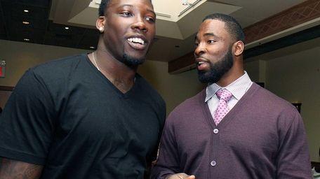 Giants defensive linemen Jason Pierre-Paul and Justin Tuck