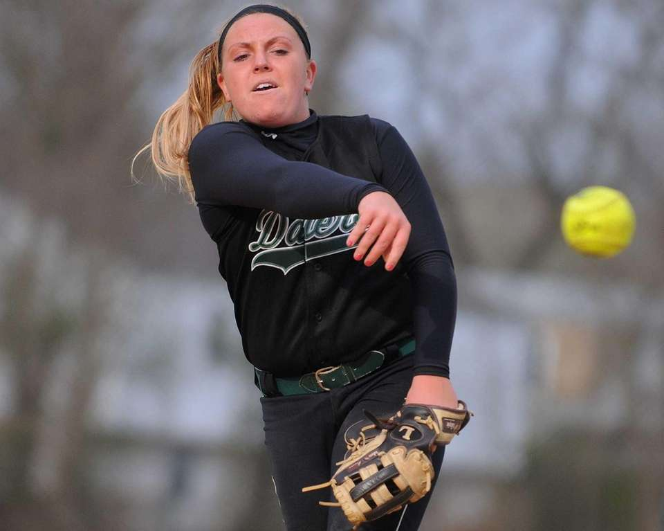Farmingdale pitcher Michelle Duddy delivers to the plate