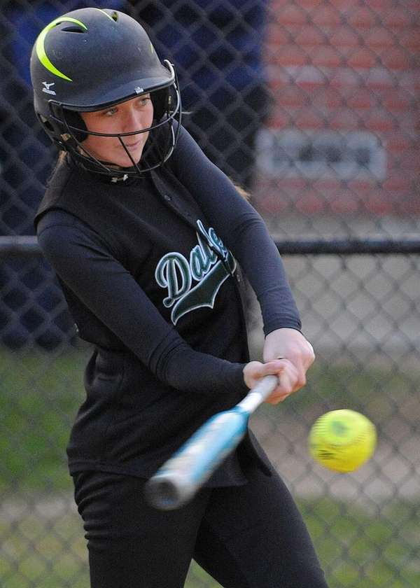 Farmingdale CF Lauren Hill lines a single to