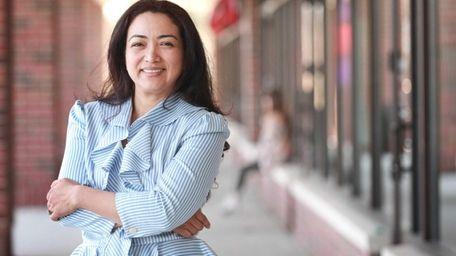 Marlene Flores, owner of Mar Le Cafe in
