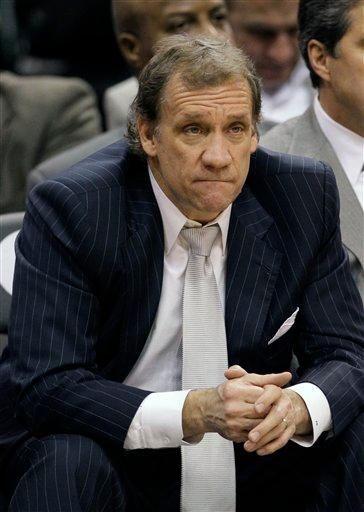 Washington Wizards coach Flip Saunders watches the final