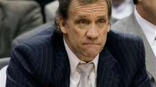 Washington Wizards coach Flip Saunders watches the final