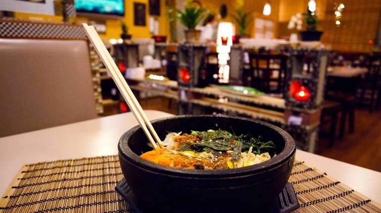 Gopdol bibimbap, steamed rice with shredded beef and