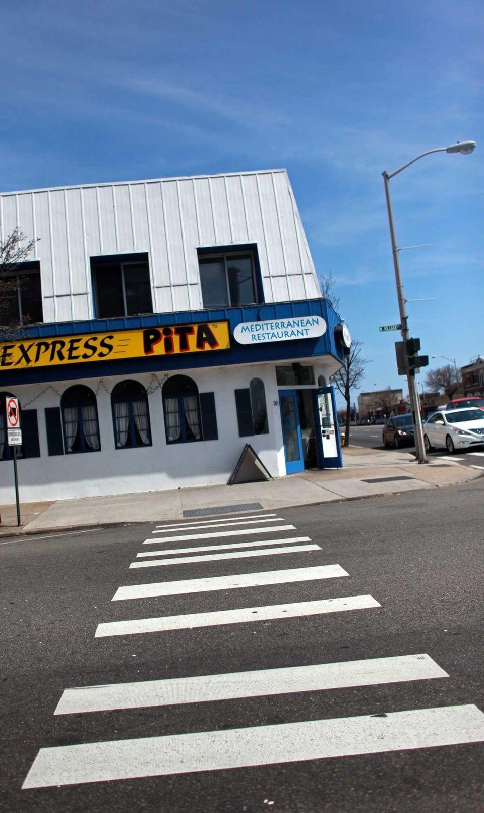 Ayhan's Pita Express sin Rockville Centre has a