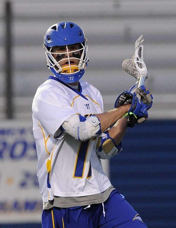 Hofstra attacker Torin Varn looks to pass against