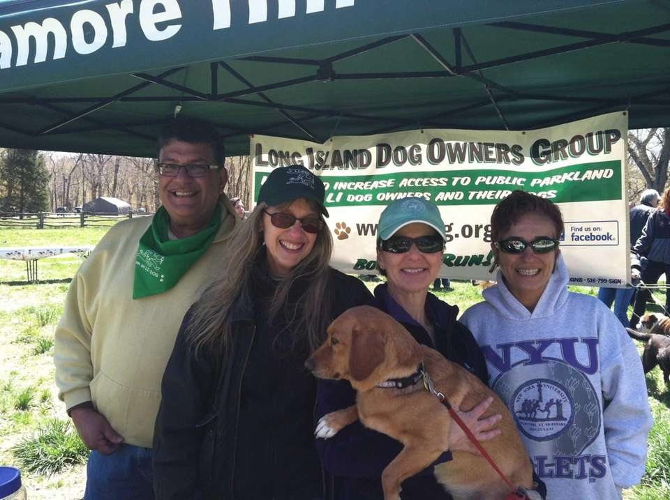Members of Long Island Dog Owners Group Lou