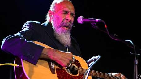 Richie Havens performs in New York at a