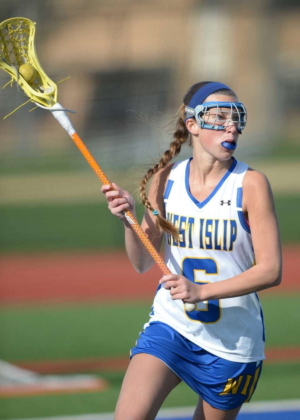 West Islip's Erin Walsh (6) on the steal
