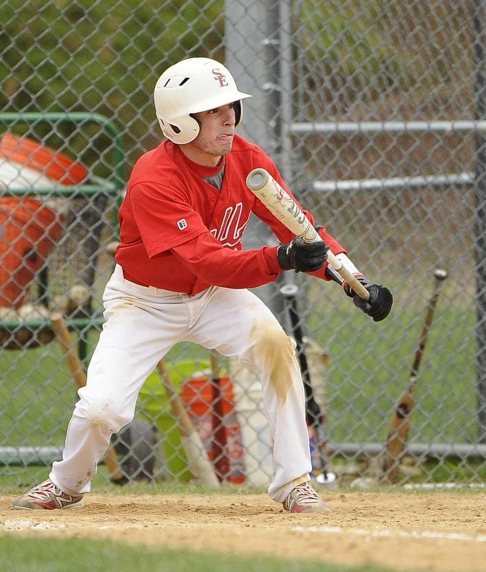 Smithtown East's Matt Kelly sets up for his