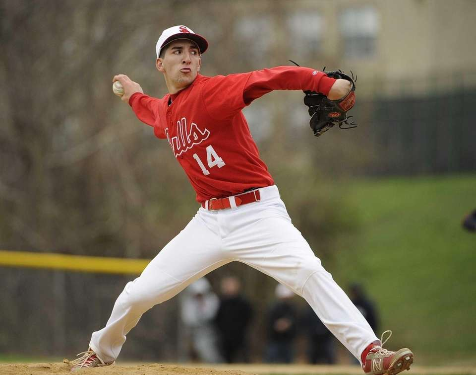 Smithtown East starting pitcher Dimitri Lettas delivers in