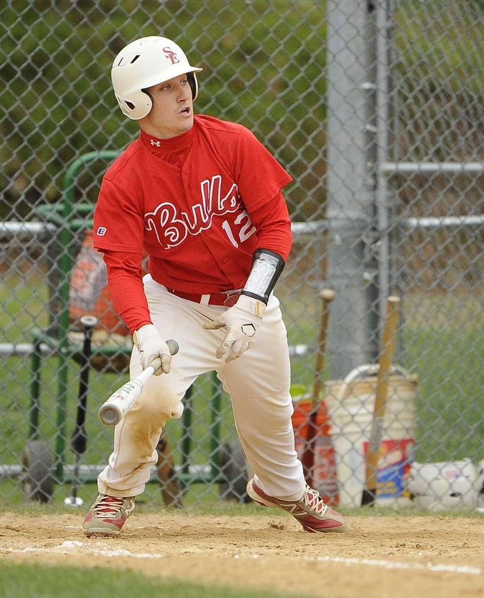 Smithtown East's Billy Noke hits a RBI double
