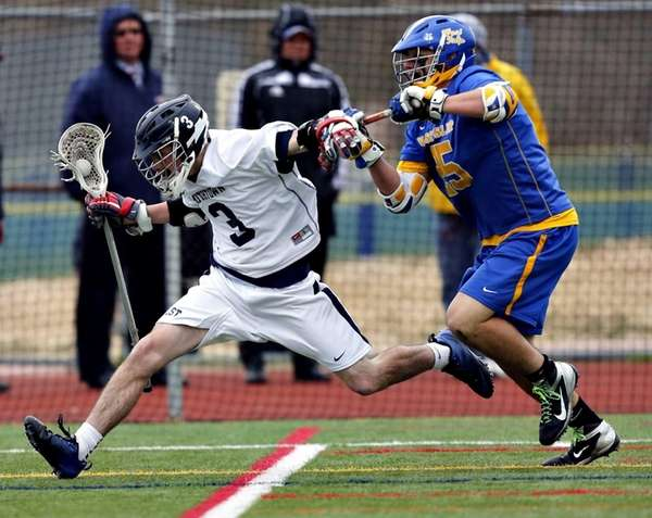 Smithtown West attack George Schultz speeds into the