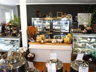 Cavaniola's, the Sag Harbor cheese store, has opened
