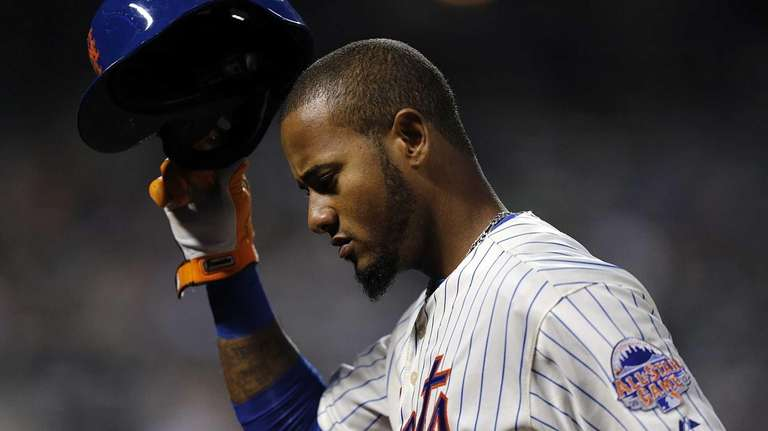 Mets center fielder Jordany Valdespin returns to the