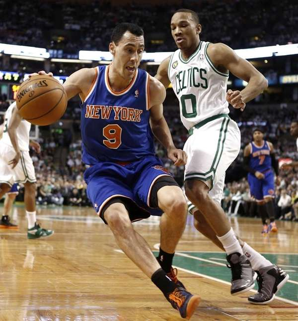 Knicks point guard Pablo Prigioni looks to get