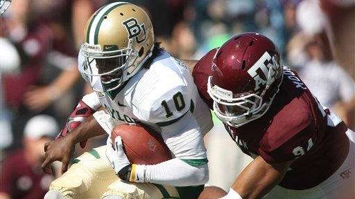 Texas A&M's Damontre Moore sacks Baylor's Robert Griffin