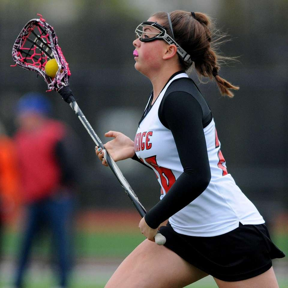 Plainedge's Alexa Watson heads upfield after securing the