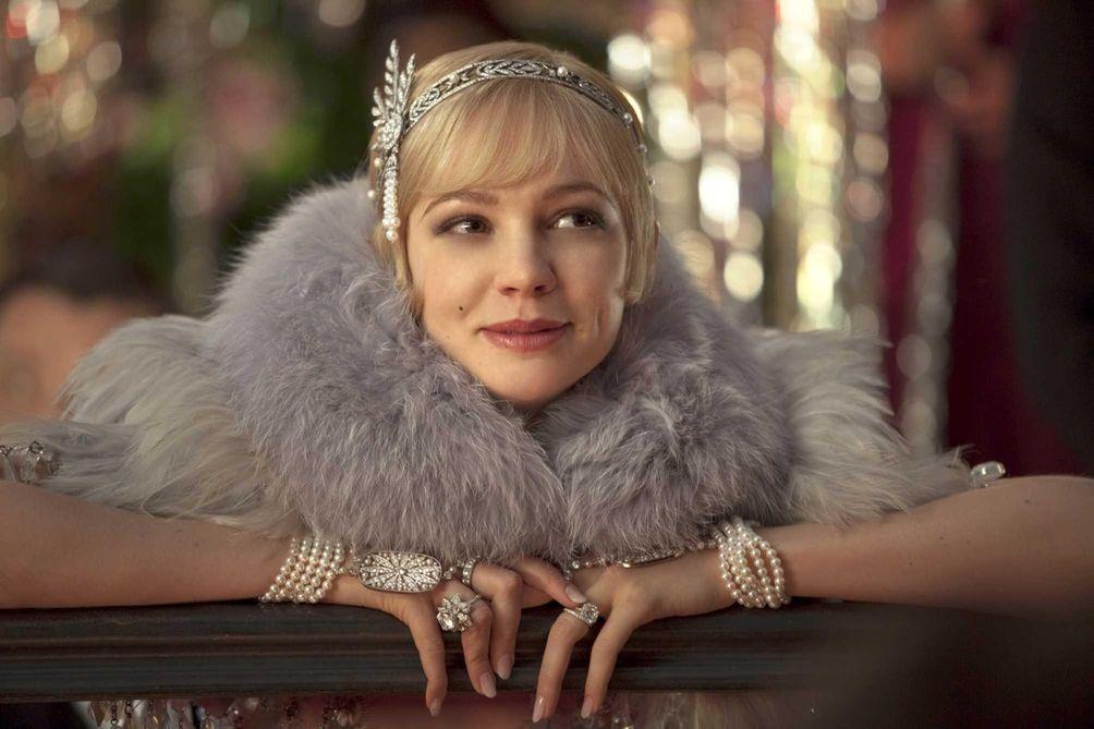 Carey Mulligan as Daisy Buchanan in