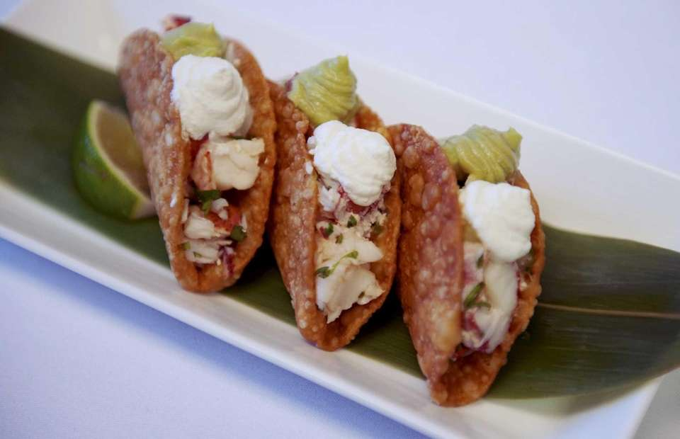 The taco appetizer at Toku in Manhasset.